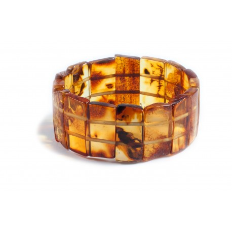 Bracelet of large transparent amber pieces