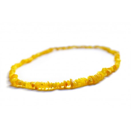 Yellow lemon hues' amber beads