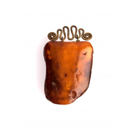 Antiquarian, yellow-brown amber pendant