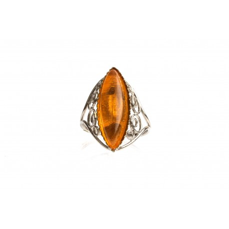 Antiquarian, metal ring with clear, transparent amber