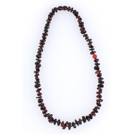 Cherry-colour amber beads with the coral's insertion