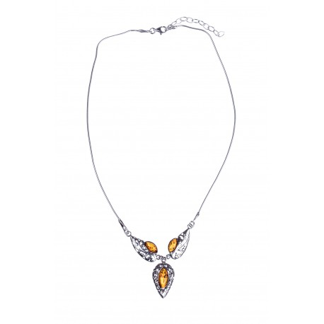 Silver necklace with cognac-colour amber