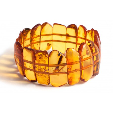 Cognac-colored amber bracelet