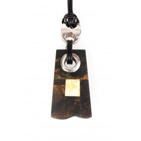Minimalist style necklace