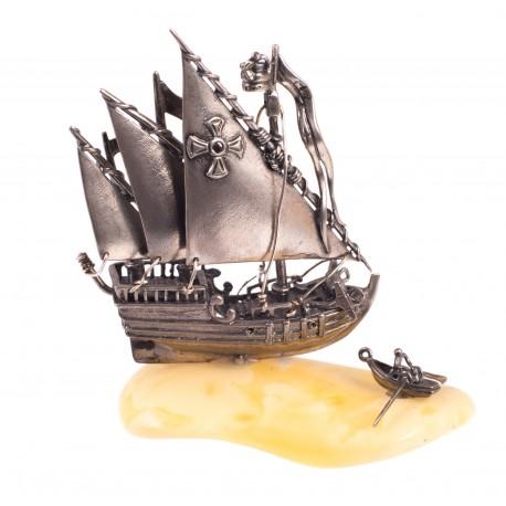 """Gintaro - sidabro figūrėlė """"Laivas"""""""