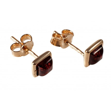Gold earrings with cognac amber
