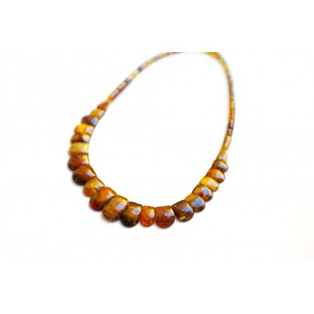 A classical amber necklace with the caramel hue amber pieces of unique beauty
