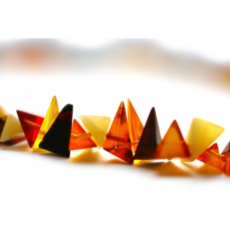 Variegated triangle-shaped amber pieces' beads