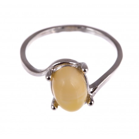 Silver ring with transparent, white amber