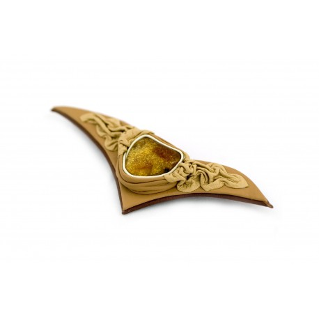 Bleached coffee-colored leather brooch with cognac-colored amber