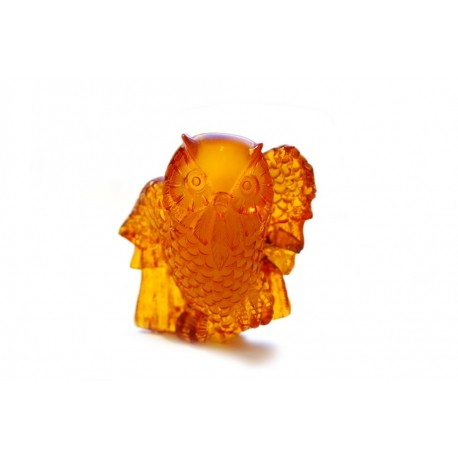 "Amber figurine ""Thinking Owl"""