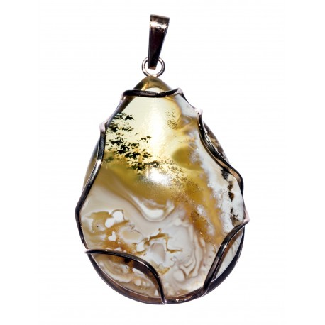Amber pendant with gold