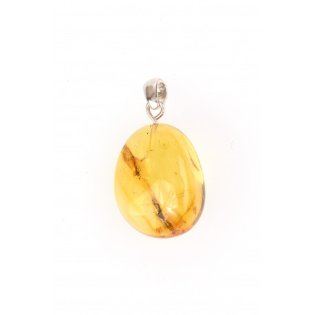 Amber-silver pendant with an inclusion