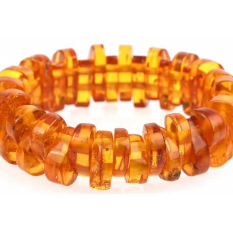 Antiquarian, light-yellow amber bracelet