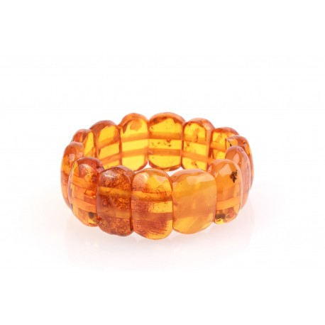 Antiquarian, yellowish amber bracelet