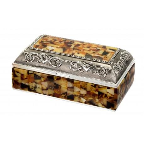Papuošalų dėžutė dekoruota gintaru
