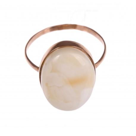 Auksinis baltojo gintaro žiedas