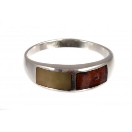 Sidabrinis žiedas su dvispalviais gintarais