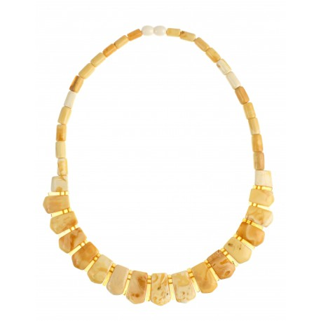 Matted yellowish-shaded amber necklace