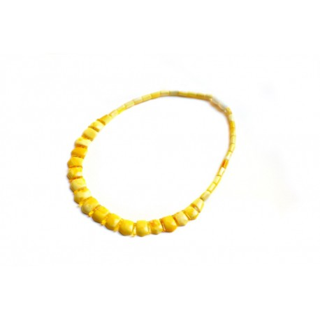Matted yellow color necklace with angural rounded corners