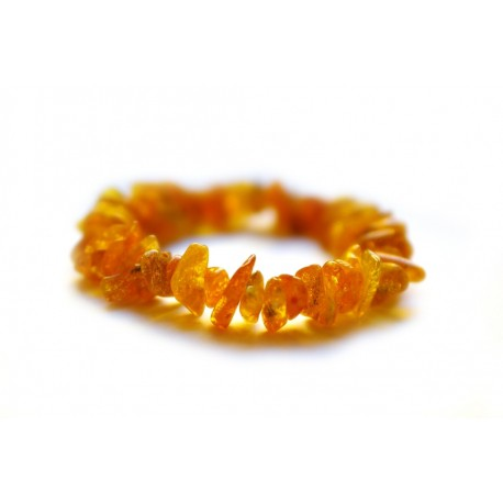 Clear yellowish amber bracelet