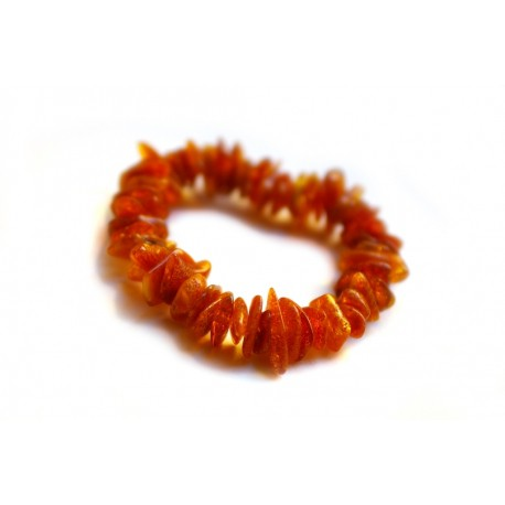 Yellowish-brown amber bracelet