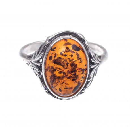 Silver ring with the sparkling, cognac-colour amber