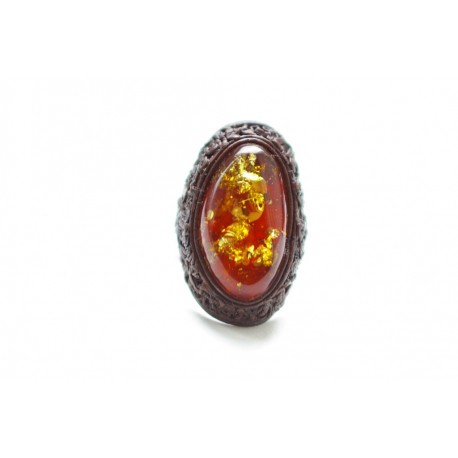 Brown leather ring with transparent cognac color amber
