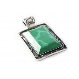 Unique silver pendant with malachite