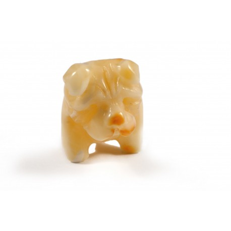 "Amber figurine ""Dog"""