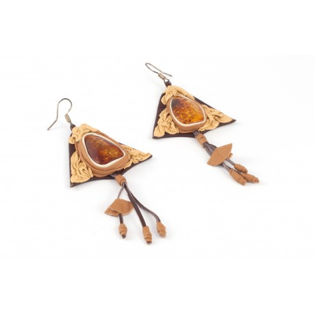 Real leather earrings with amber