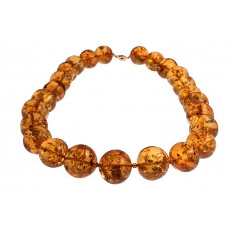 Transparent amber necklace