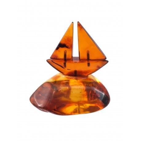 Little amber boat